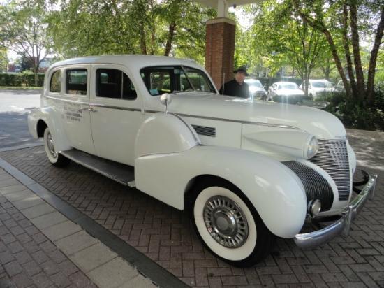 Antique Limousine - Boston Tours: Pick-up & Drop-off at Hotel