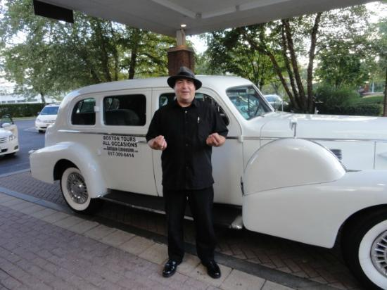 Antique Limousine - Boston Tours: The Limo was nice but the guide was exceptional!