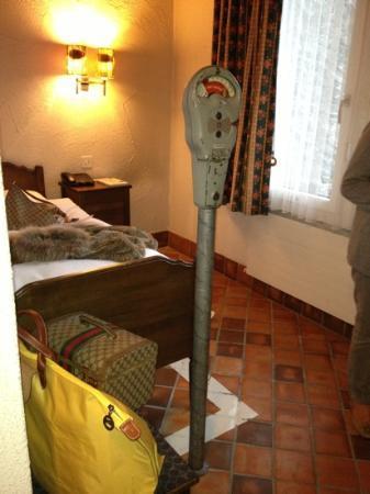 Hostellerie Sternen: parcmètre dans la chambre ridicule