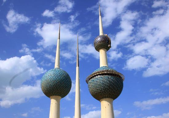 Kuwait Towers: The morning sky was a dark shade of blue. Rare in a Kuwaiti winter.