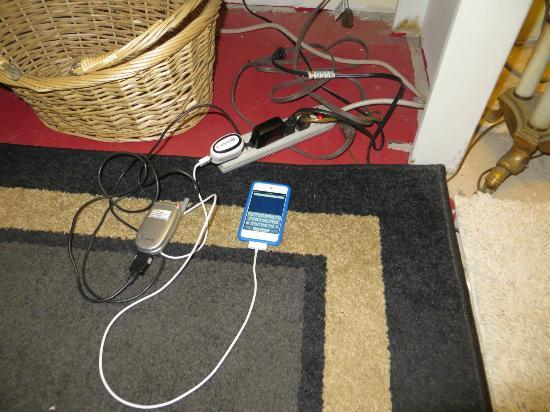 Holiday Chalet: Charging station.