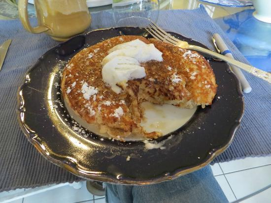 Holiday Chalet: Breakfast pancake.