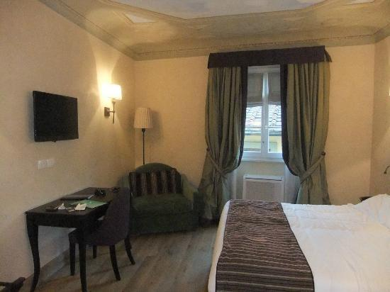 San Firenze Suites & Spa: Deluxe room