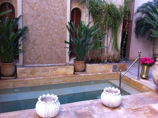 Riad Flam: ground floor pool