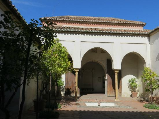 Alcazaba: palace 