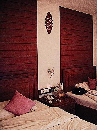 بان سوكومفيت سوي 18: twin beds 
