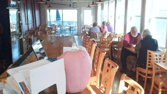 The Inn at the Wharf Restaurant: The dining room over they working waterfront