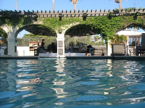 Hotel Galvez & Spa A Wyndham Grand Hotel: Pool Bar