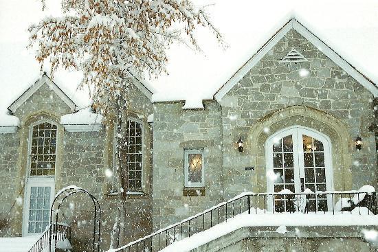 Greystone Manor 사진