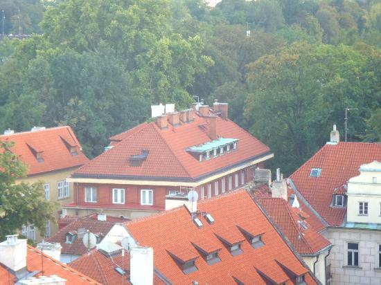 Kampa Garden: Вид на отель сверху