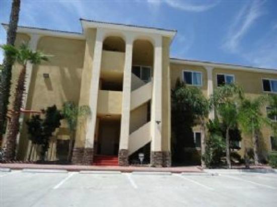 Breskfast Corner Picture Of Baymont Inn Amp Suites Anaheim Anaheim Tripadvisor