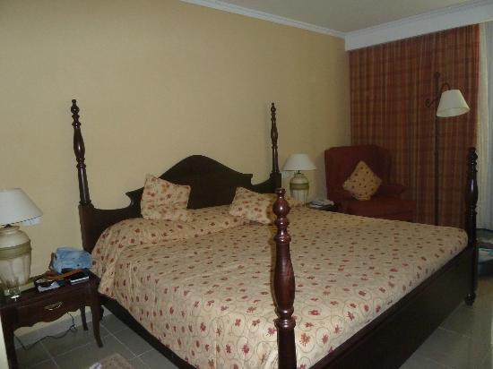 Iberostar Grand Hotel Trinidad: Amplísima cama, agradable (standar room)