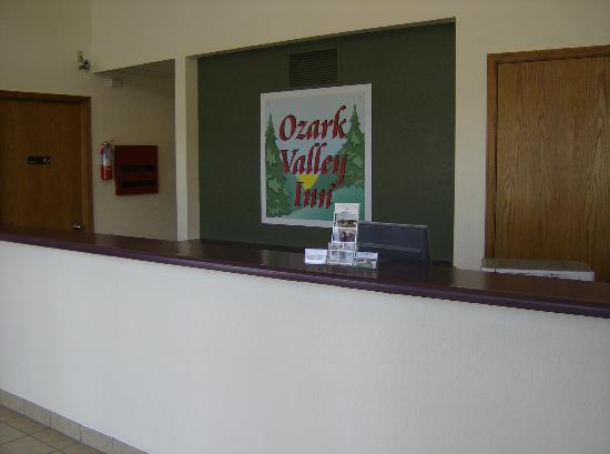 Ozark Valley Inn: Hotel Guest Registration