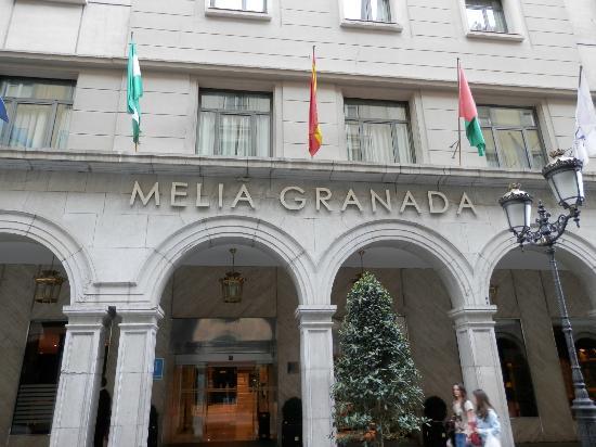 Melia Granada: La puerta del Hotel
