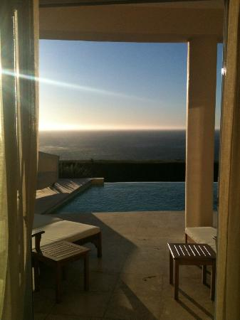 Atlantic Suites Camps Bay: Room with a view!
