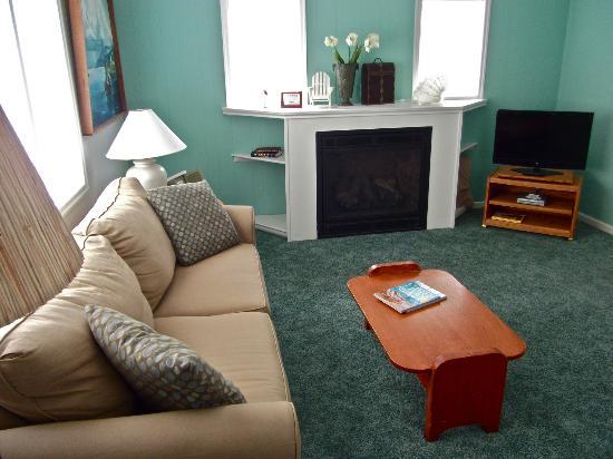Beachside Inn : Cottage Living