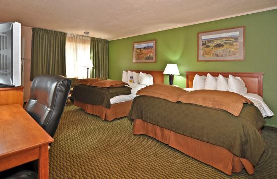 Days Inn & Suites Trinidad: Two Queen Beds