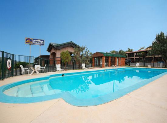 Days Inn & Suites Trinidad: Pool