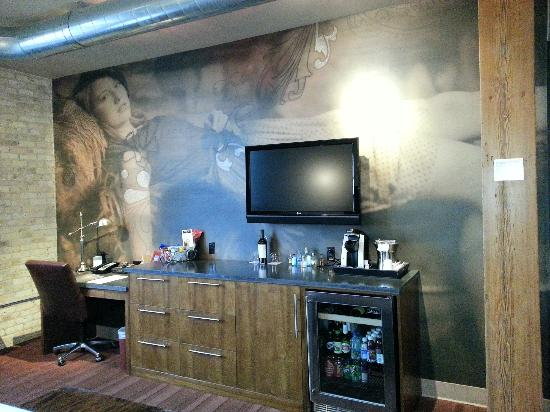 The Iron Horse Hotel: Wall Mural In Our Room Part 73