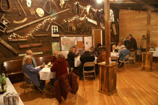 Yakima River RV Park: Potluck / Dance Party in the Club House