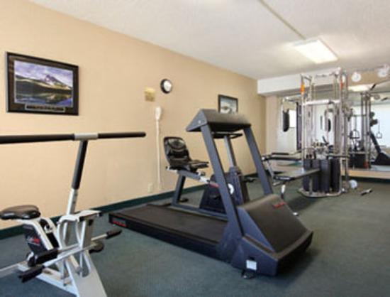 Days Inn Goldsboro: Fitness Center