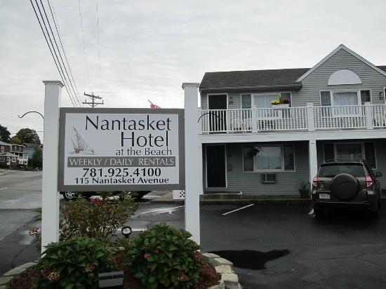 Nantasket Hotel at the Beach: 2階の一番左が20番の部屋。