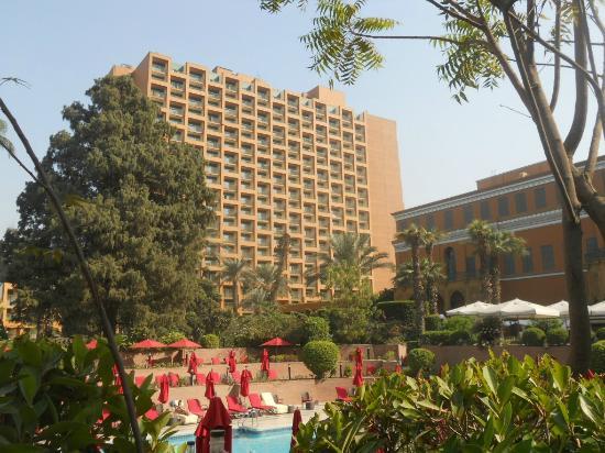 โรงแรมไคโรมาริออทแอนด์โอมาร์เคย์ยามคาสิโน: Palais, tour Zamalek, jardin et piscine