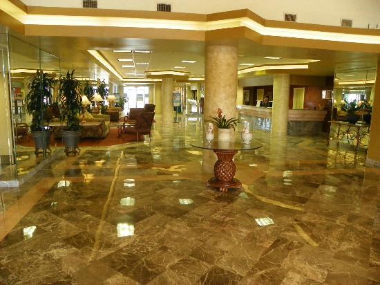 Daytona Beach Resort and Conference Center : HOTEL LOBBY