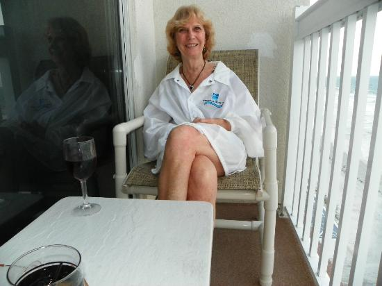 Daytona Beach Resort and Conference Center: Happy Chrisy on our balcony