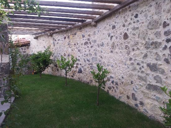 Hotel Maison Tresnuraghes: Pergola