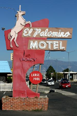 Grand Junction Palomino Inn: El Palomino sign