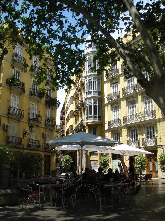 Ayre Hotel Astoria Palace: Plaza where the hotel is located