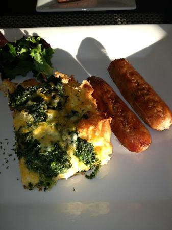 Inn at Riverbend: Breakfast, 2nd course, spinach and cheese strata with country sausage