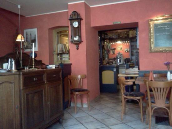 Dreimaderlhaus : Front room