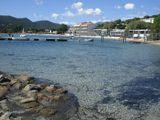 Hôtel Le Pinarello : Vue de la baie