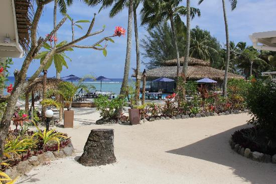 Manuia Beach Resort: Grounds of Manuia