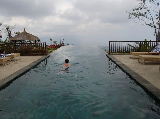 Munduk Moding Plantation: Beautiful Infinity Pool