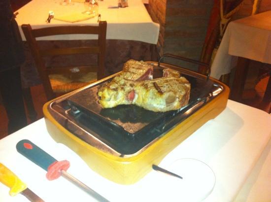 Ro Ferrarese, Olaszország: la carne di Corte Scanarola...