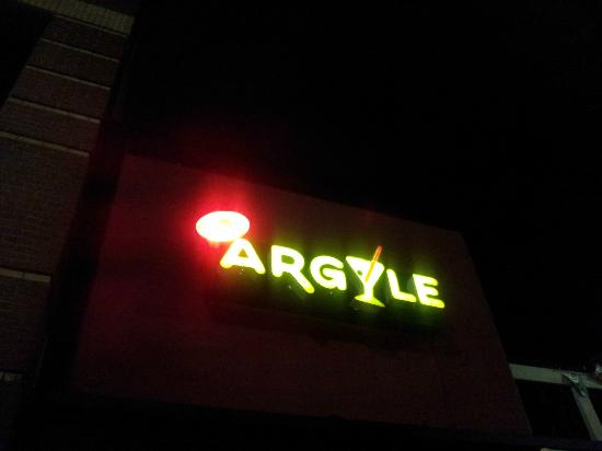 Argyle Bar & Grill: the sign outside