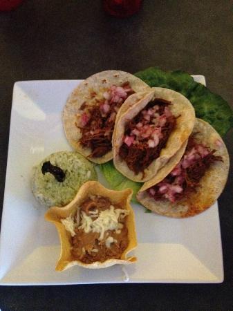 Acapulco Mexican Restaurant: DELICIOUS!