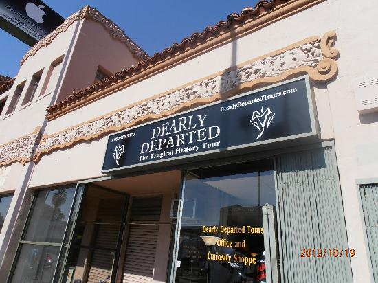 Dearly Departed Tours: front of building