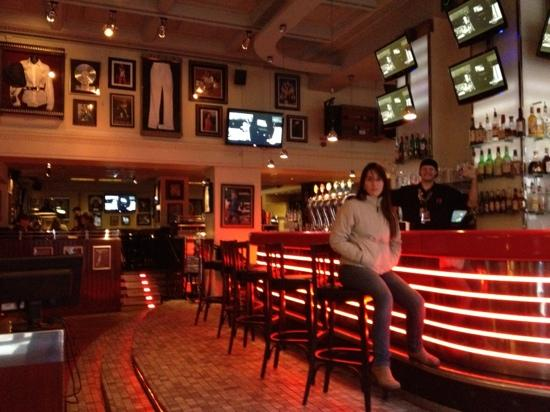 Hard Rock Cafe: por dentro do Hard Rock Stockholm