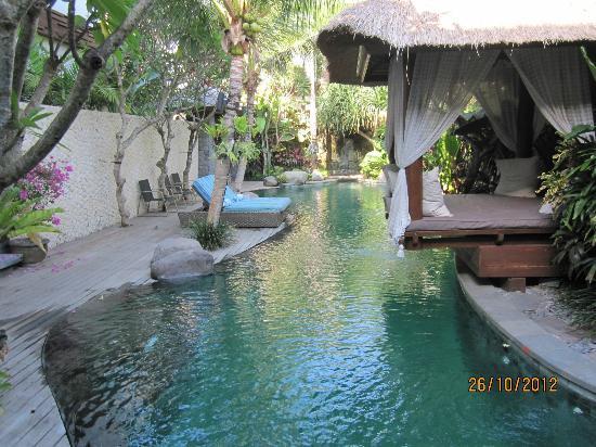 The Dipan Resort Petitenget: Pool Area