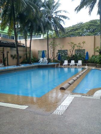 The Royale Bintang Kuala Lumpur: poolside