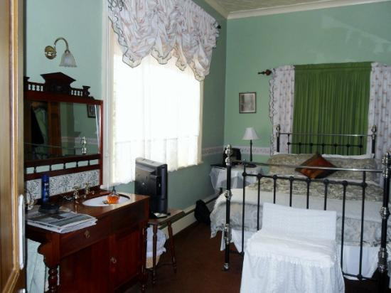 Tynwald Willow Bend Estate: Ground Floor Bedroom