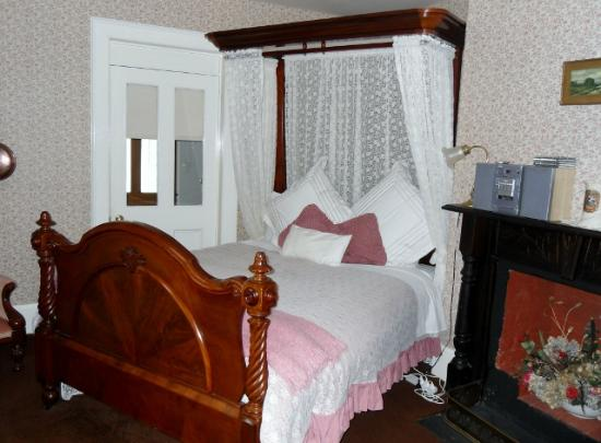Tynwald Willow Bend Estate: Upstairs Bedroom 2