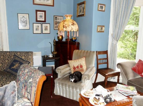 Tynwald Willow Bend Estate: Sitting Room