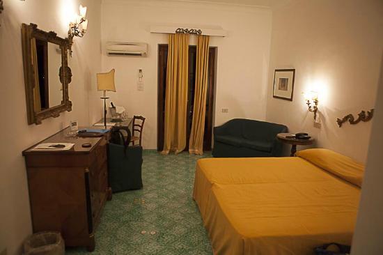 Hotel Poseidon: Superior Room
