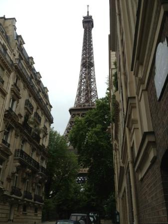 Hotel Verneuil Saint-Germain: eiffel tower... very close
