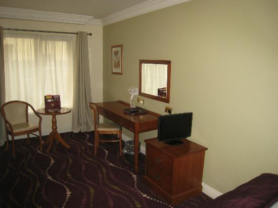 Arlington Hotel O'Connell Bridge: My room